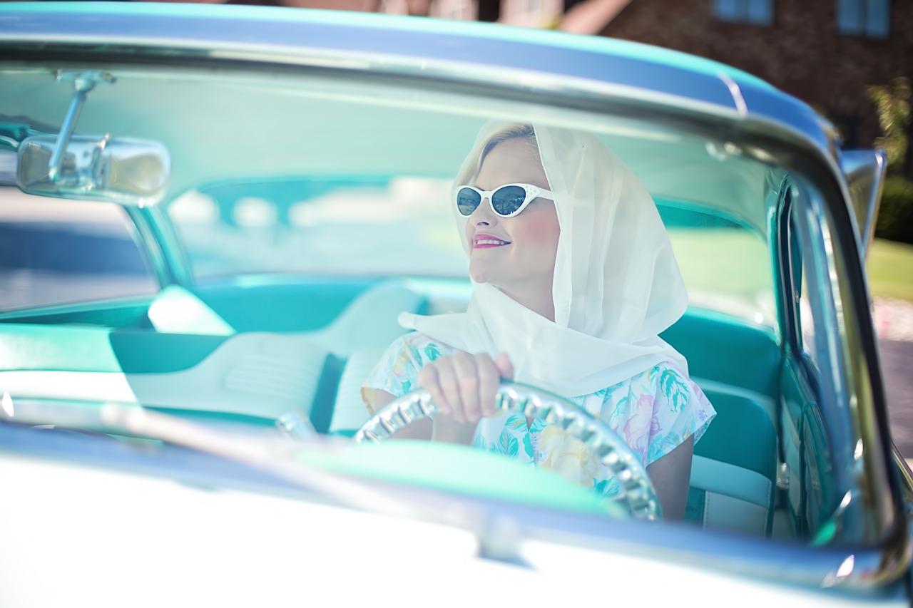 bien choisir la couleur de voiture pour femme